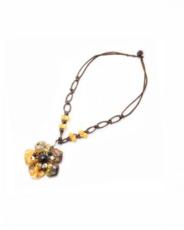 paris-france-amber-collier-3615-1