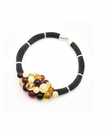 paris-france-amber-collier-3907-1