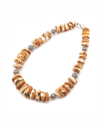 paris-france-amber-collier-817-1