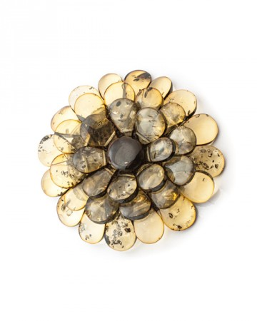 paris-natural-amber-brooch-975-1