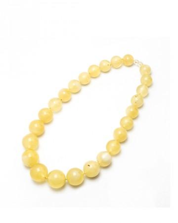 paris-france-amber-beads-356-1