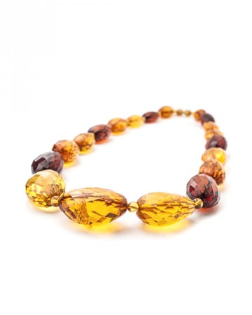 paris-france-amber-beads-421-2